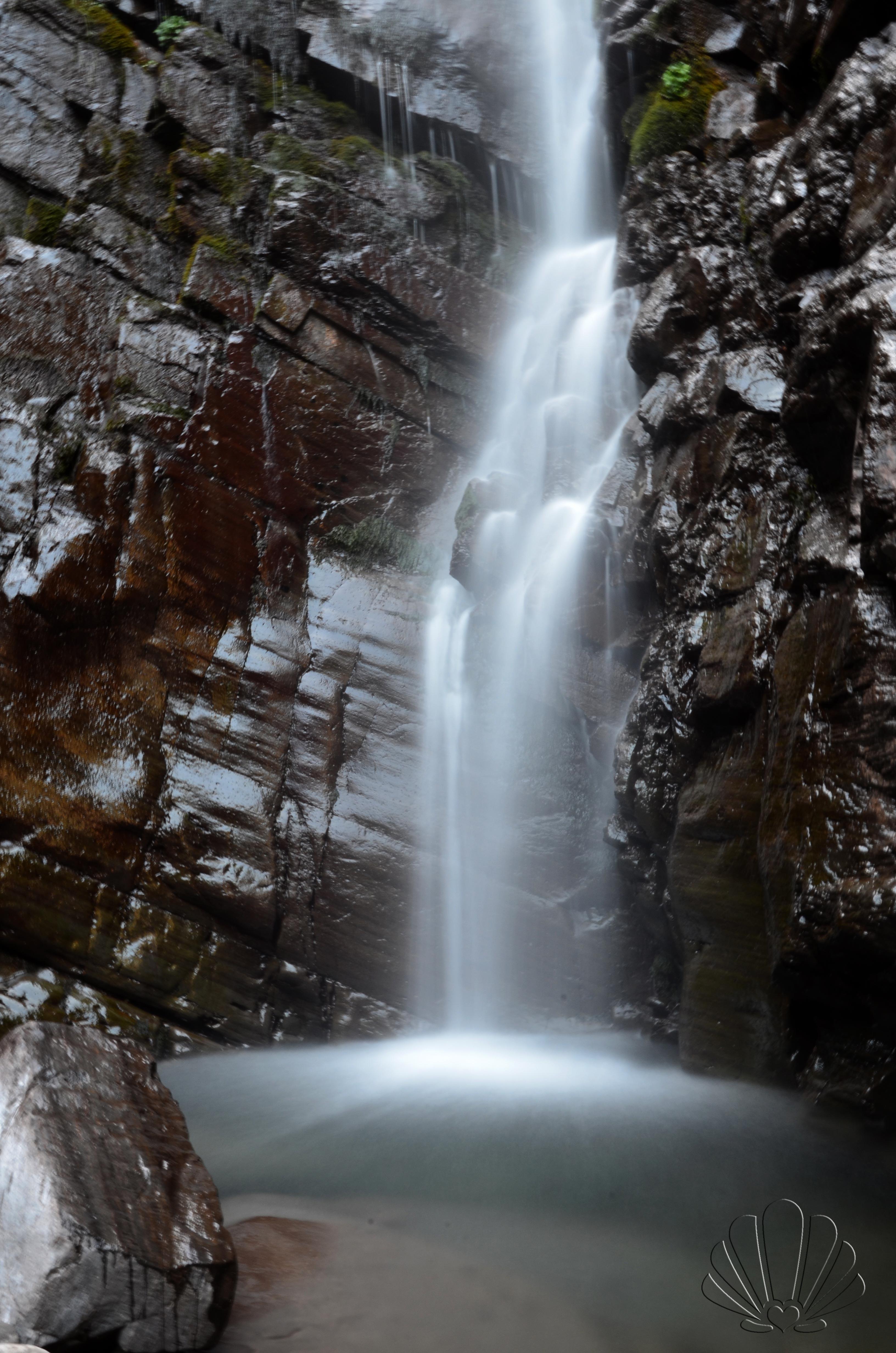 Lunigiana da scoprire la cascata farfar giorni rubati for Cascata da interno