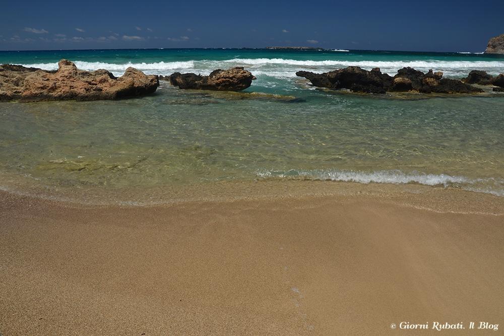 Falassarna, Creta, lagunetta sulla spiaggia