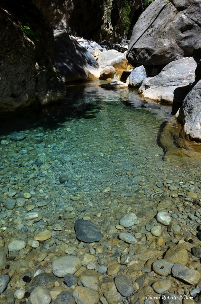 Gole di samaria, Creta, l'acqua del ruscello