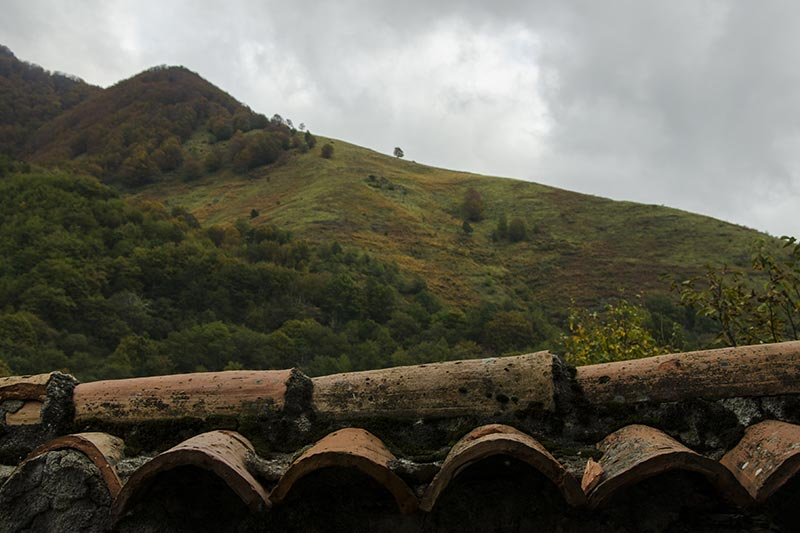 Camporaghena, Lunigiana, vista sull'Appennino