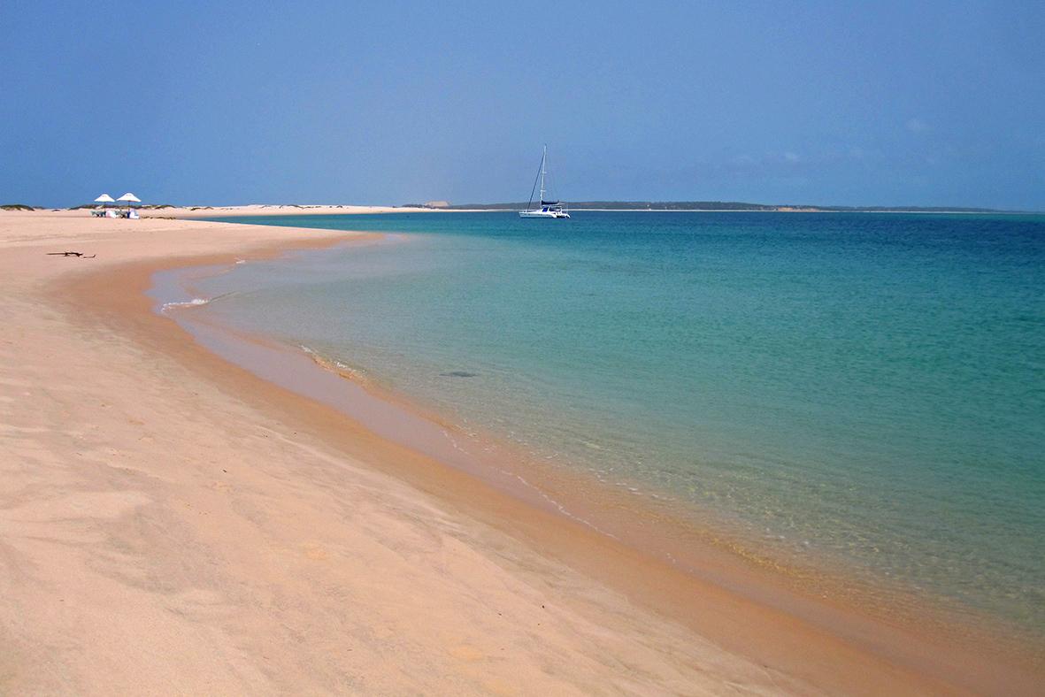 Escursione in dhow nelle isole delle perle del Mozambico: l'arcipelago di Bazaruto