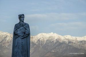 Dante Alighieri, scultura di Arturo Dazzi a Mulazzo