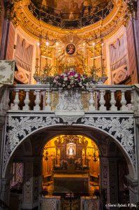 Madonna dell'Olivo, interni