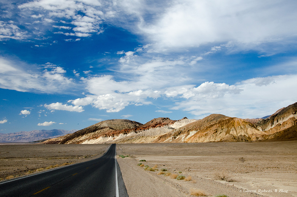 Death Valley, California, la strada