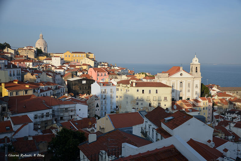 Alfama, vista da Largo das portas do Sol