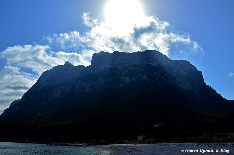 L'isola di Tavolara e la sua montagna