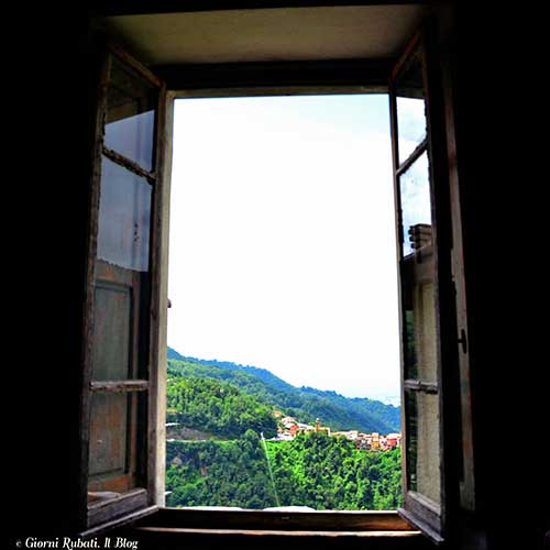 La finestra sulla valle di Casa Piccianti