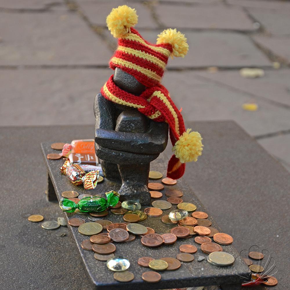 Stoccolma, Gamla stan: la scultura più piccola!