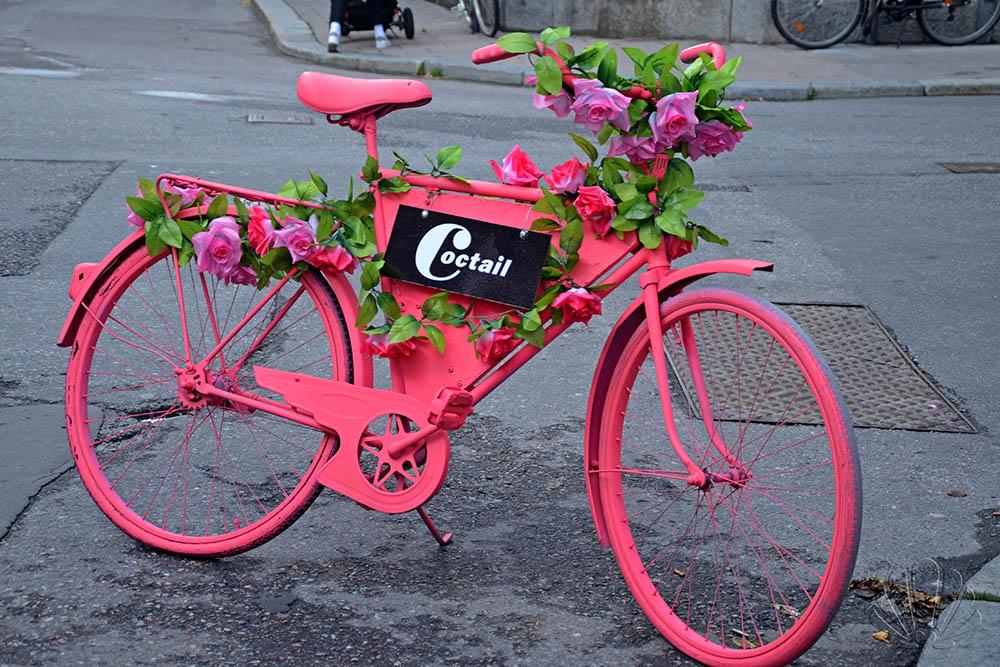 Impossibile non riconoscere l'eccentrico Coctail...fin dalla strada! Södermalm, Stoccolma