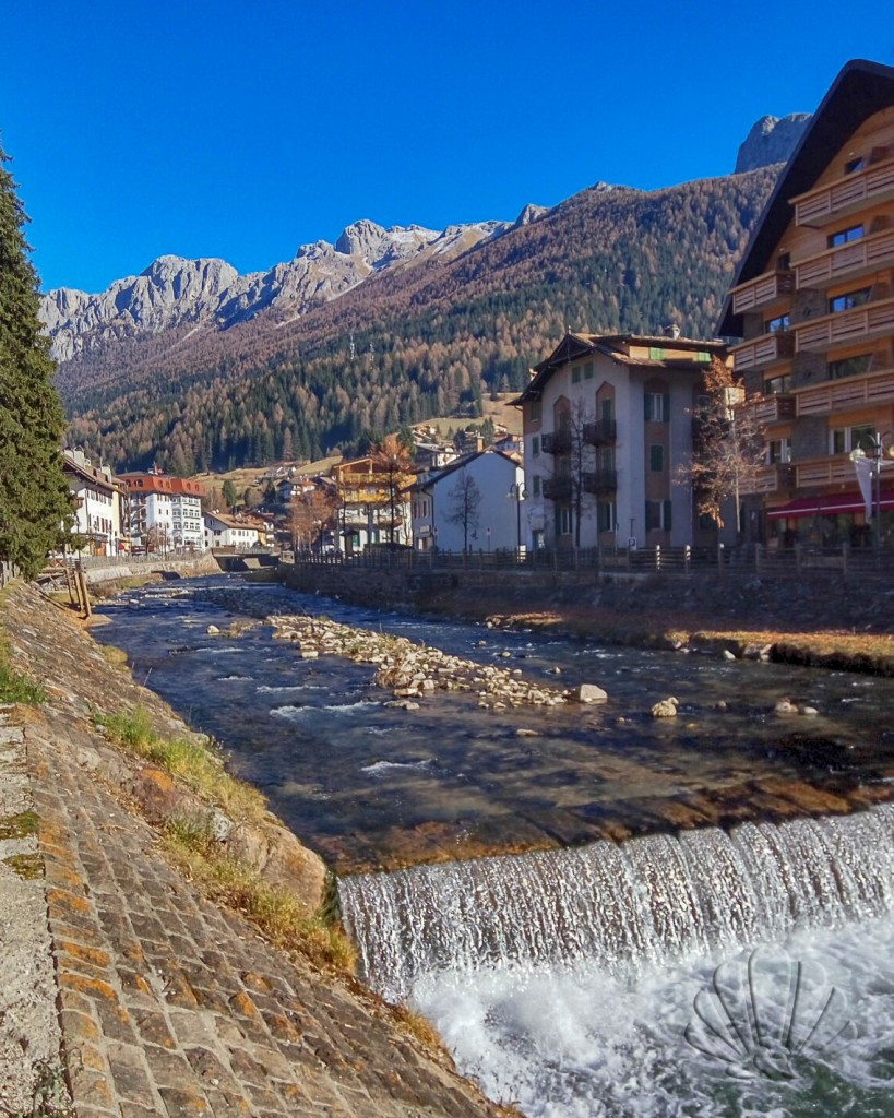 Val di Fassa: moena e il torrente Avisio