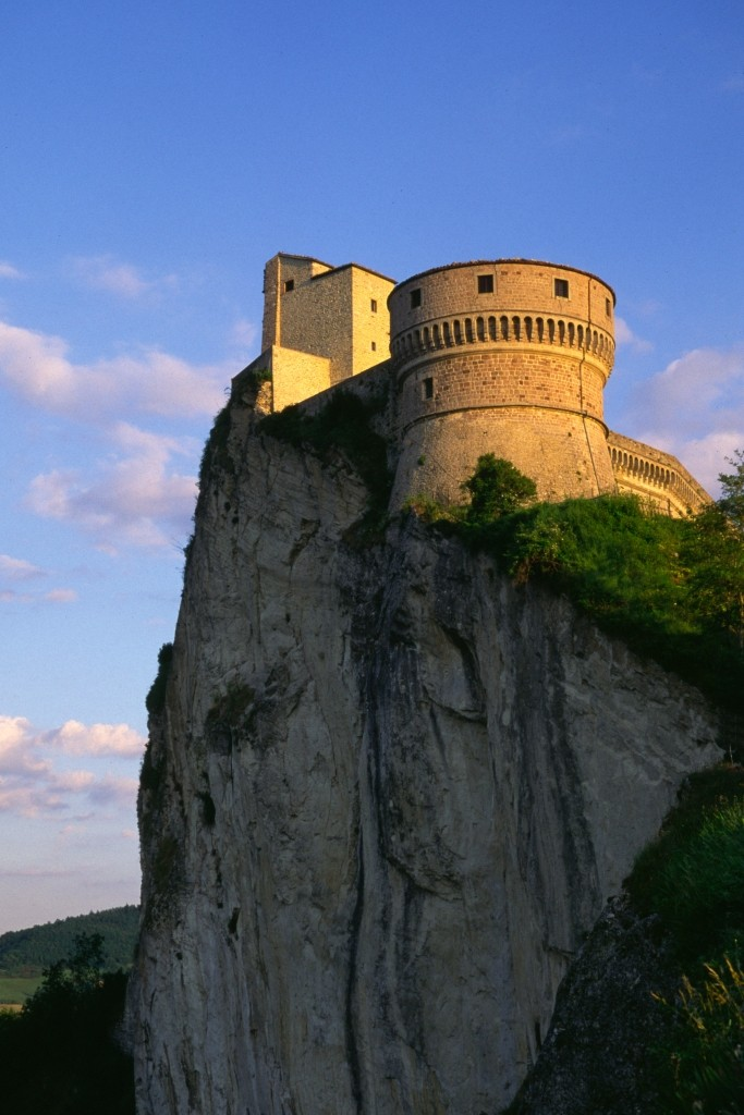 La Rocca di San Leo, 1 dei 7 nuovi comuni della provincia di Rimini