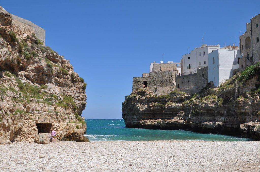 Polignano a Mare, ph. Gianluca Sgaggero, courtesy Viaggi e Scopri