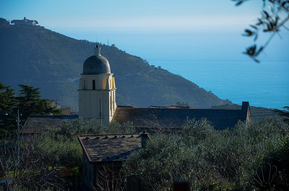 Santuario di Volastra, Cinque terre