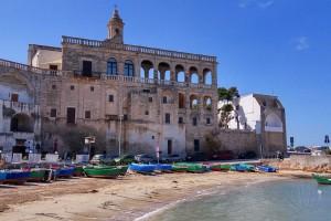 San Vito: l'abbazia cistercense che guarda il mare