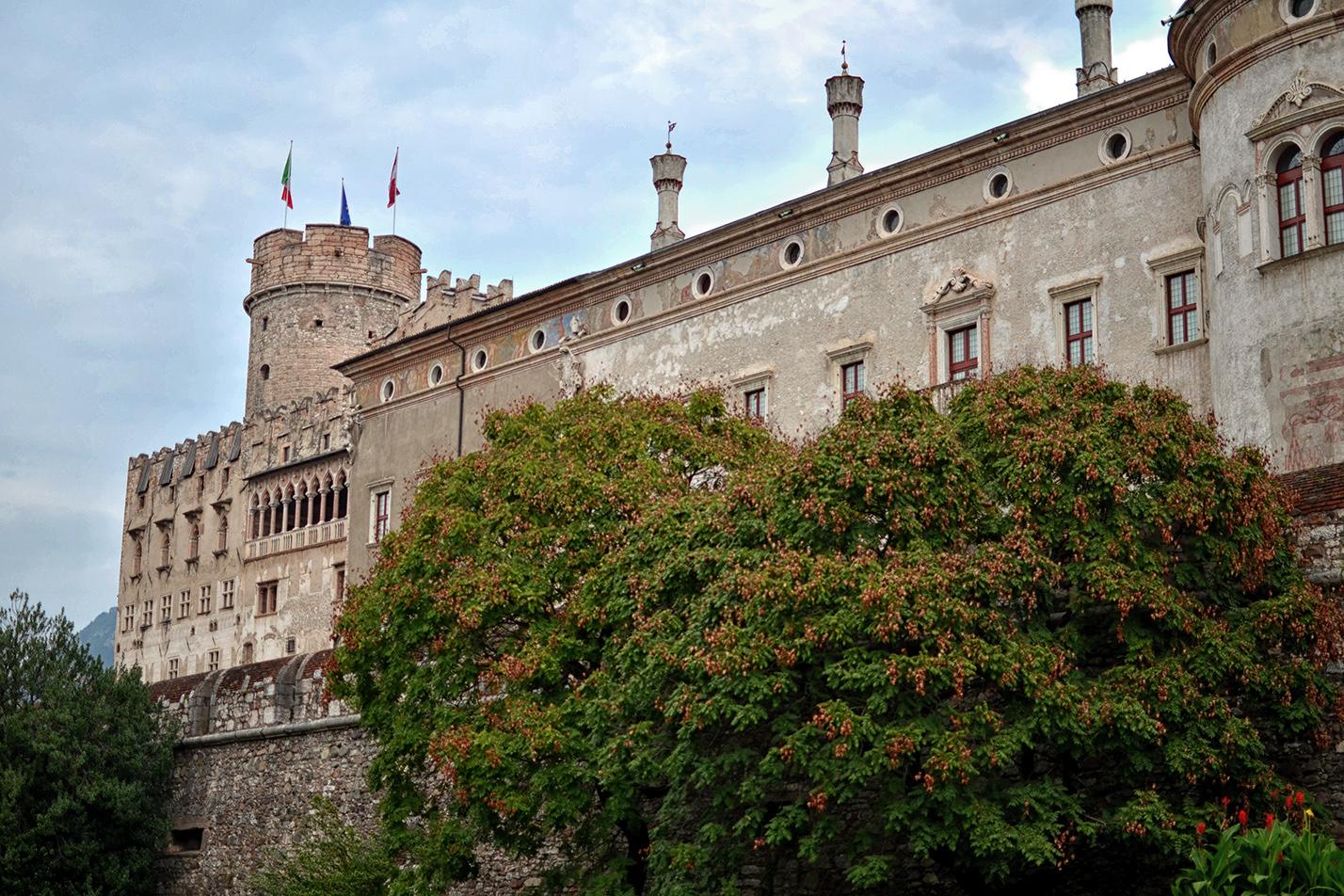 Cavallieri, dame e contadini: l'incanto del Medioevo al Castello del Buonconsiglio (Trento)