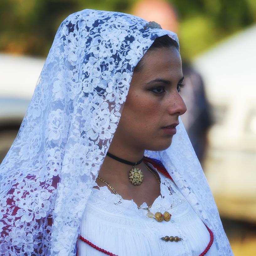 Di gioielli e amuleti sardi: la mostra Prendas contra s'ogu malu