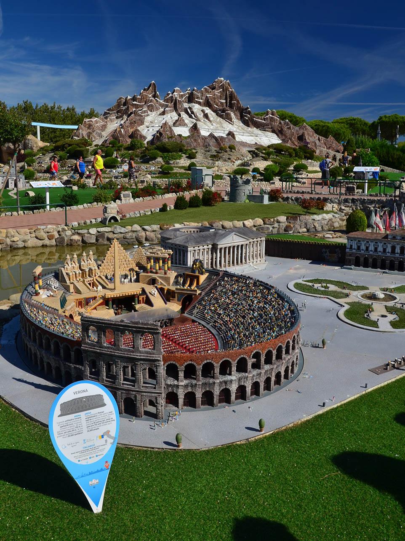 Il Bel Paese in un campo da calcio… visitare Italia in Miniatura con i bambini