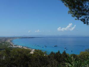 snorkeling a Formentera