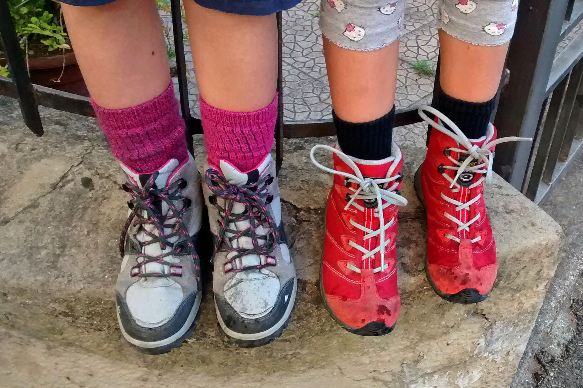 Consigli utili per una giornata di trekking con i bambini